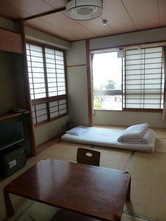 Yamaichi Bekkan : Room... lovely bed