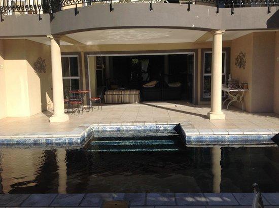 Villa Afrique: vue sur salon