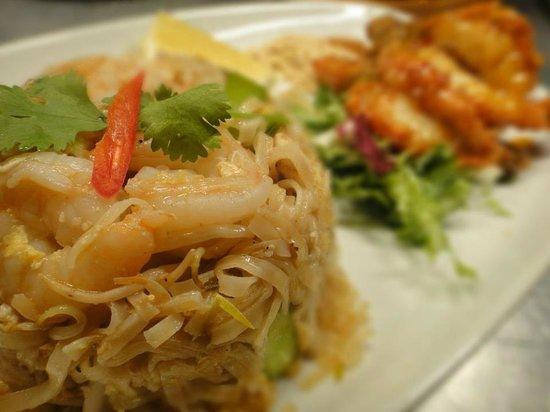 Celadon Thai Restaurant: Pad Thai