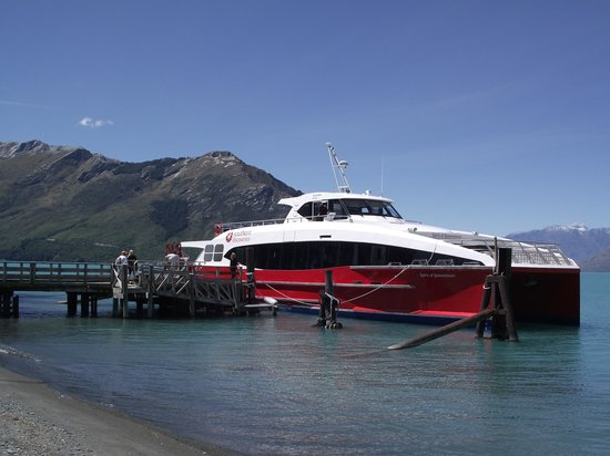 Queenstown Lake Cruise - Southern Discoveries : Sprit of queenstown