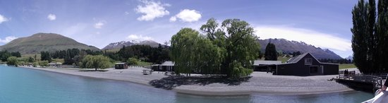 Queenstown Lake Cruise - Southern Discoveries : Mt Nic station