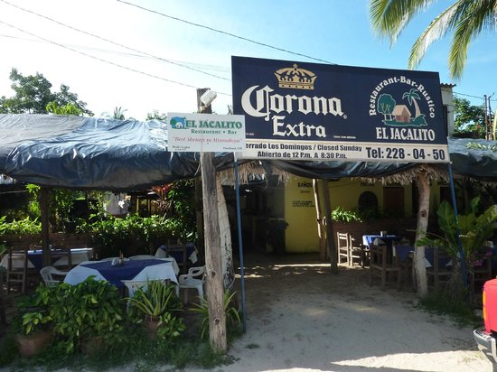 El Jacalito: Outside of the restaurant