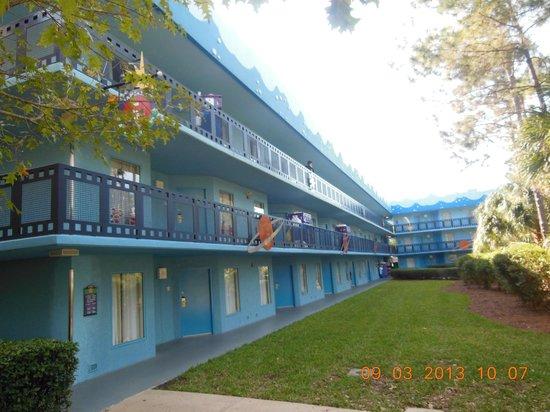 Disney's All-Star Movies Resort : Vista Hotel
