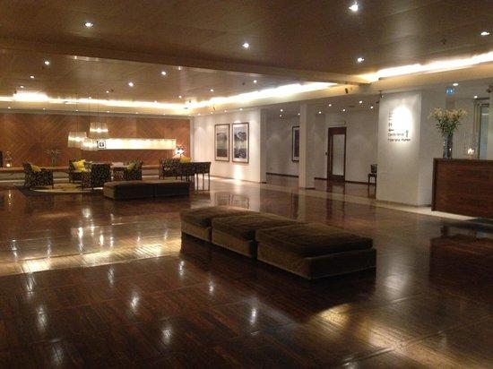 Clarion Hotel Amaranten: Lobby