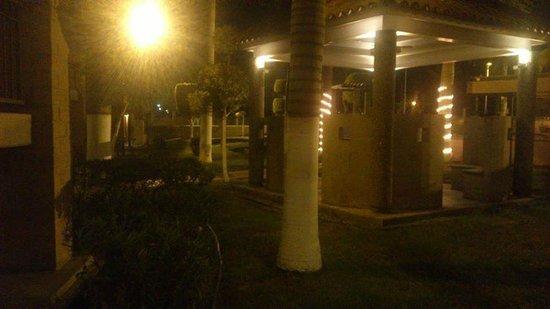 Hotel Colonial: bella vista de noche