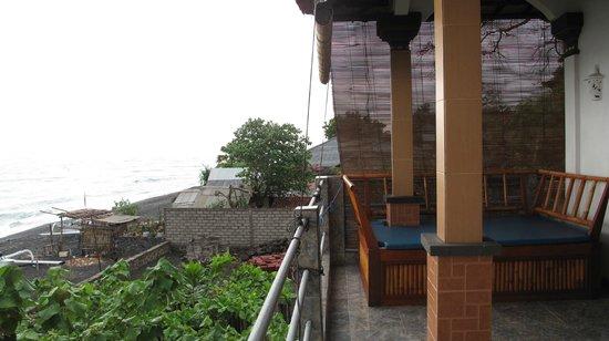 Bubu Racok Homestay: chambre à l'étage