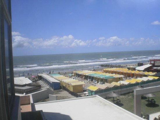 Hotel Golf Internacional : Vista desde la habitacion, Vista lateral del mar!!