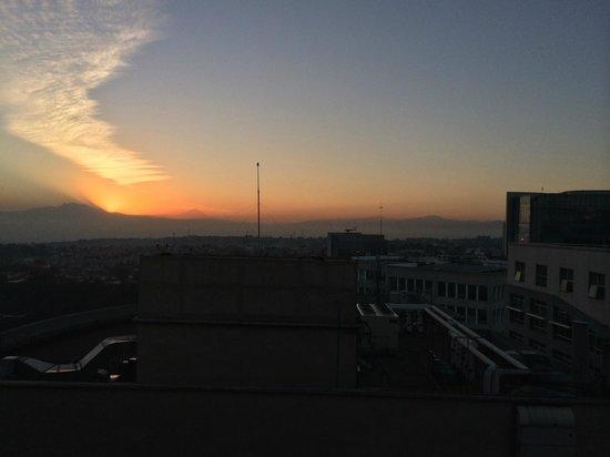 JW Marriott Hotel Mexico City Santa Fe: Morning sunrise