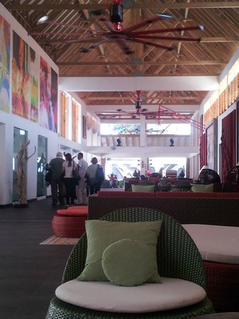 Royal Decameron Isleño: Lobby area