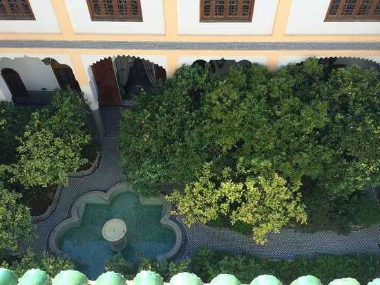 Palais Amani : Looking down at the courtyard, from the patio.