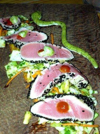 Artisan Kitchen and Bar: Tuna Sashimi