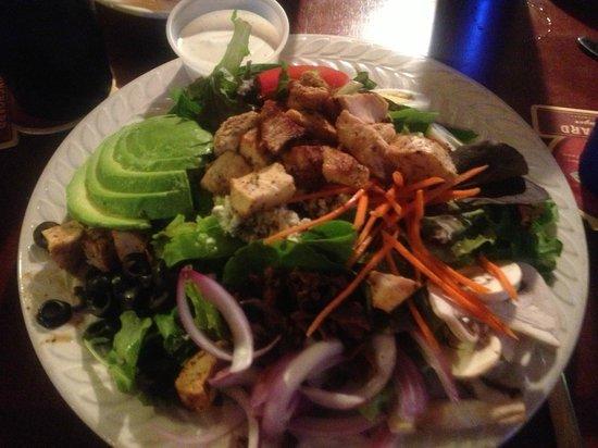 Kalapaki Joe's Poipu: Well arrayed chicken salad