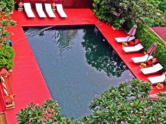 Centre Point Pratunam Hotel: Pool Area