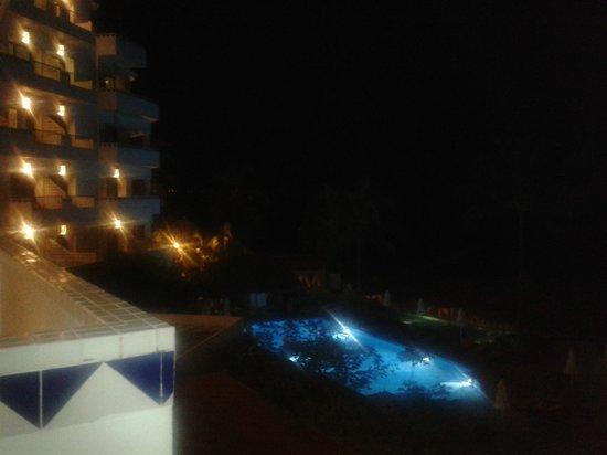 Villa Premiere Boutique Hotel & Romantic Getaway: Vista de noche