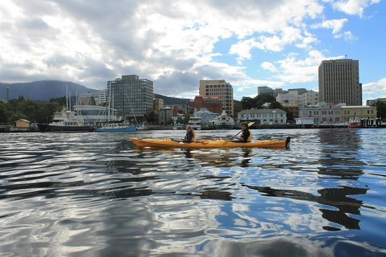Hobart Urban Adventures Kayak Tour: Hobart Kayaking