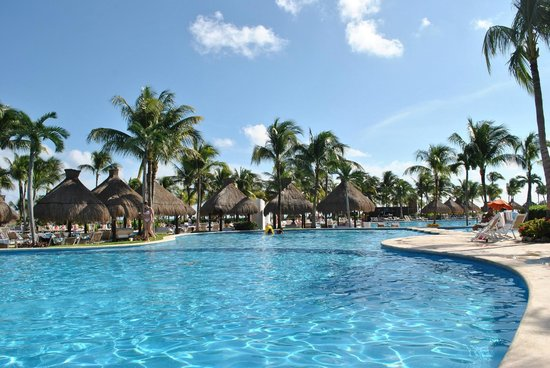 The Grand Mayan Riviera Maya: Pool/Cabana's