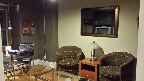 L'Hotel Port-Royal : Living room