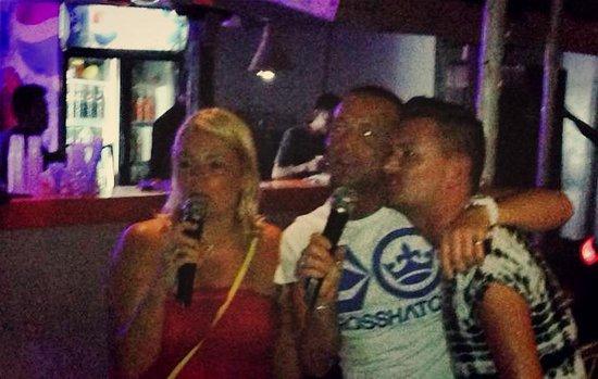 St. Anthony Restaurant and Bar : karaoke