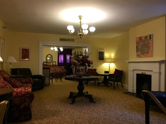 Linden Row Inn: Lobby