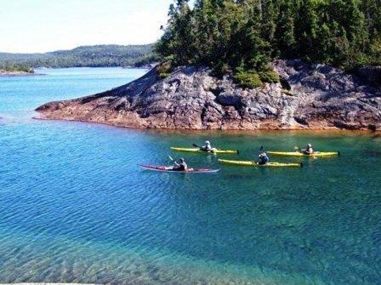 Goulais River, แคนาดา: Lake Superior Provincial Park, Sea Kayaking