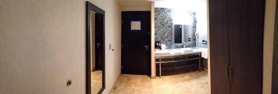 Holiday Inn Express & Suites Queretaro: Entrada