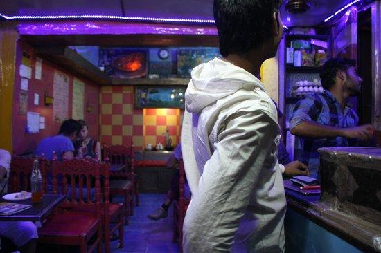 Joney's Place: Dentro del local