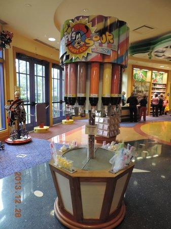 Disney Springs : ワンス・アポン・ア・トーイ