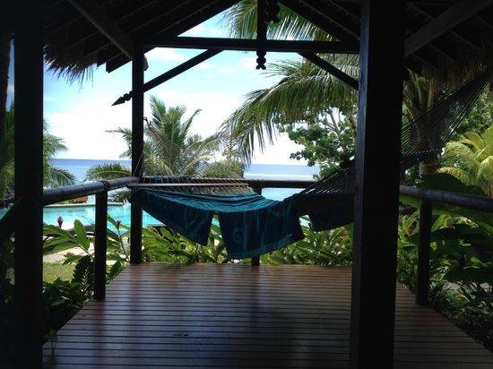 Seabreeze Resort : hammock on the deck