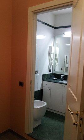 Residence La Repubblica: Perpectiva para o Banheiro, do quarto