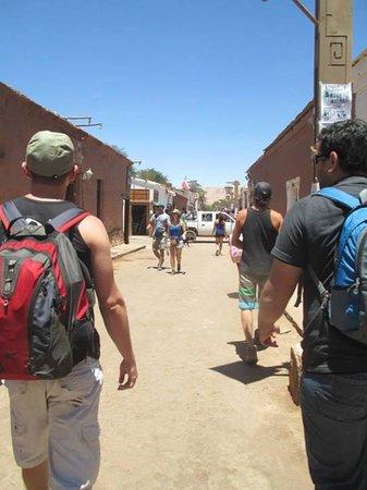 Hostal Corvatsch: Passeando pelas ruas de San Pedro!