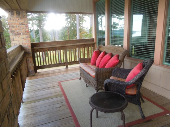 La Belle Maison Lakefront Suites: Deck off Master