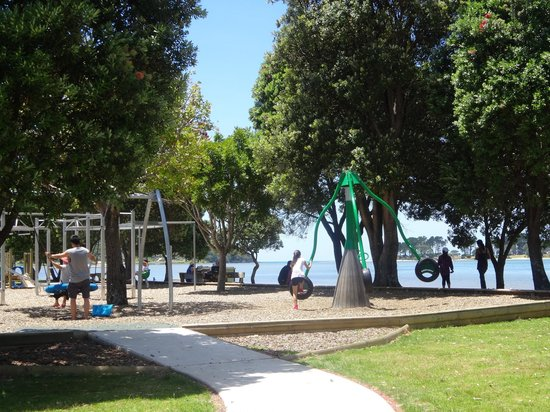 Coastal Heights Apartment: Pepe Reserve Playground