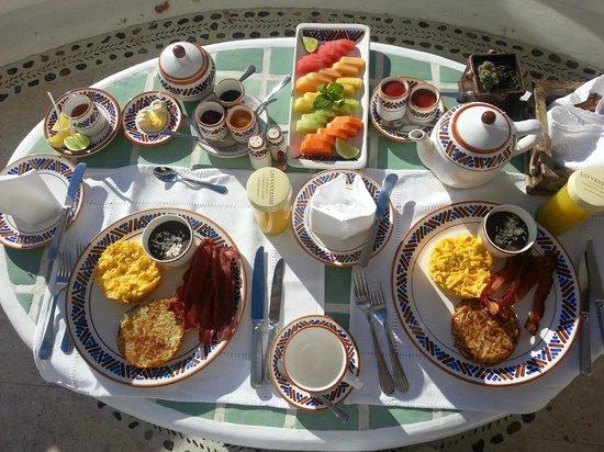 Las Ventanas al Paraiso, A Rosewood Resort: Breakfast to the Room