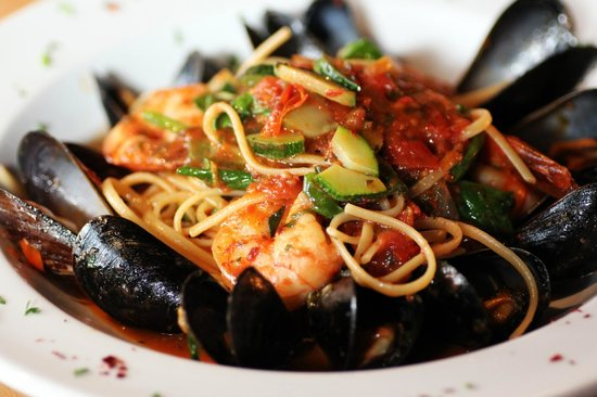 linguine pescatore picture of eclectic bistro bar atlanta tripadvisor. Black Bedroom Furniture Sets. Home Design Ideas