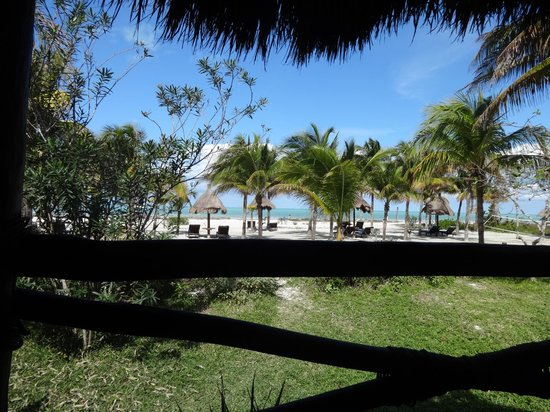 Hotel Villas Delfines : View from our deck at our cabana