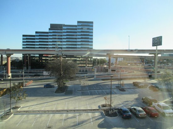 Four Points by Sheraton San Antonio Airport: View from Room