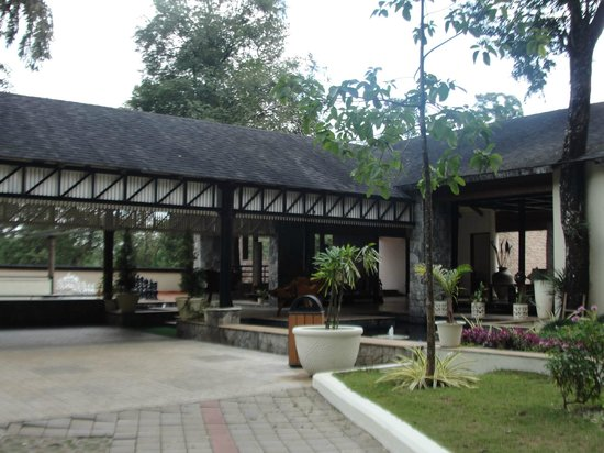 The Windflower Resort and Spa, Coorg: Frontview