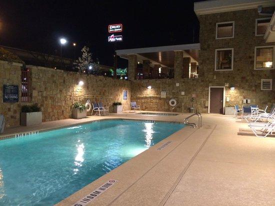 Four Points by Sheraton San Antonio Airport: Outdoor pool