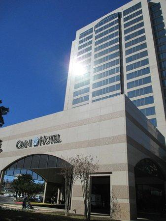 Omni San Antonio Hotel: Exterior