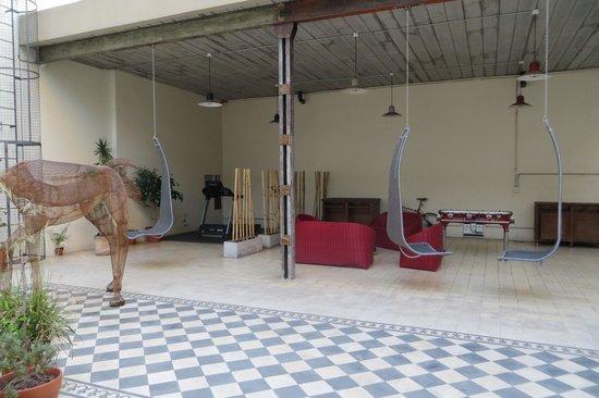 Hotel Patios De San Telmo : Patio area