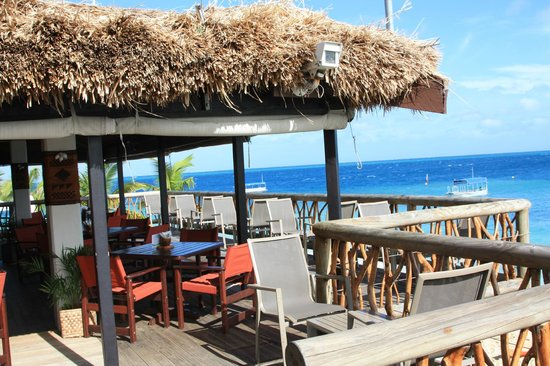 Castaway Island Fiji : Sundowner Pizza Bar