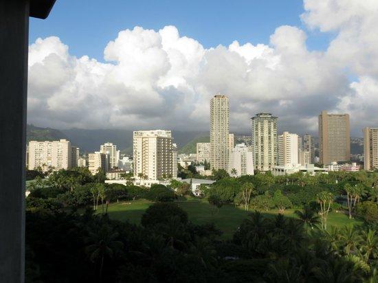 Hale Koa Hotel : View of Waikiki from 9th floor