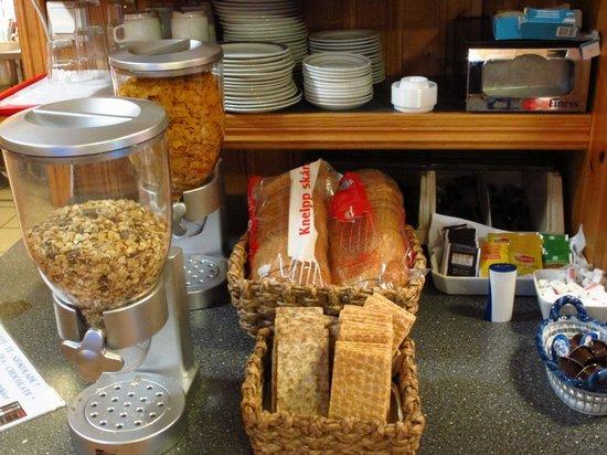 AMI Hotel Tromso: 早餐