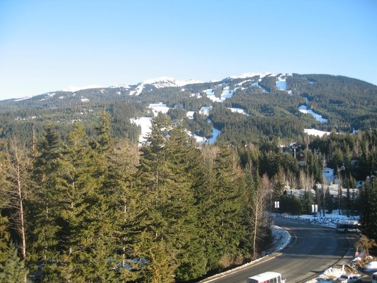 Pan Pacific Whistler Mountainside: View from 7th floor valley-view room