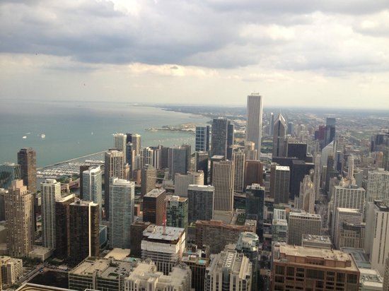 Hilton Chicago/Magnificent Mile Suites: View from Hancock Tower