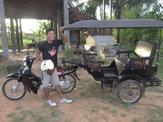 ‪Tuk to the Wats‬