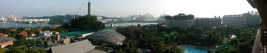 Resorts World Sentosa - Equarius Hotel : More Panoramic view from the room