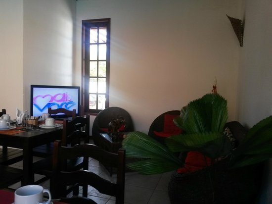 Pousada Geriba Palem: Sala de estar