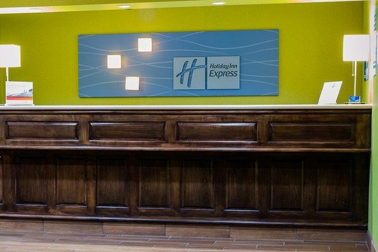 Holiday Inn Express Acme-Traverse City: Entrance