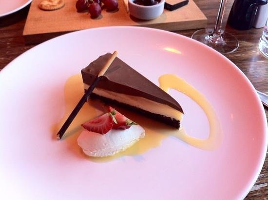 Two Souls Bistro: Chocolate Truffle Tort